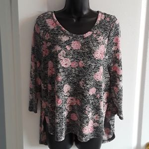 Floral light weight sweater
